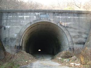 旧三森トンネル