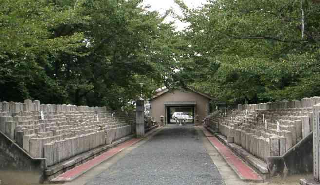 比治山陸軍墓地