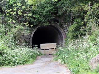 旧七類トンネル