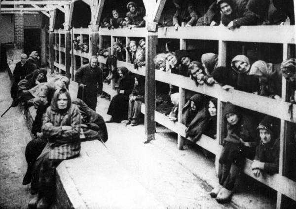 アウシュビッツ強制収容所