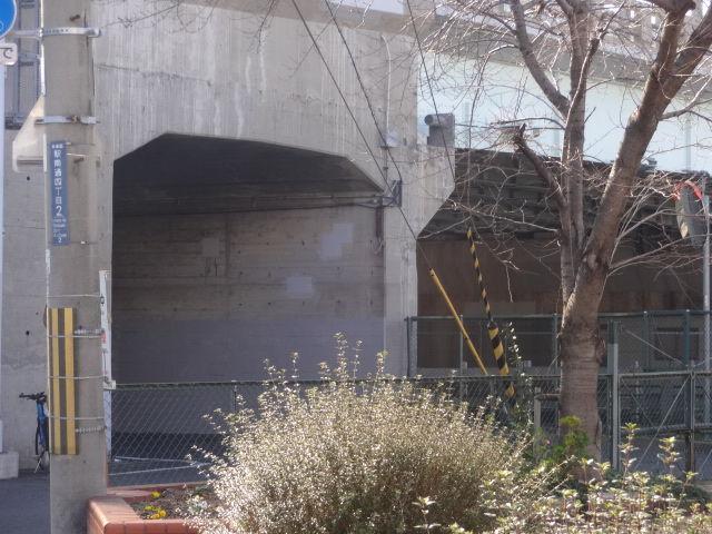 明治橋トンネル